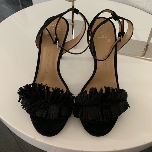 Banana Republic Shoes - $60 Banana Republic black sandals size 9